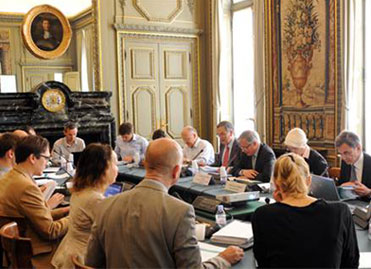 Banque de France : photo des membres de l'Observatoire de l'épargne réglementée