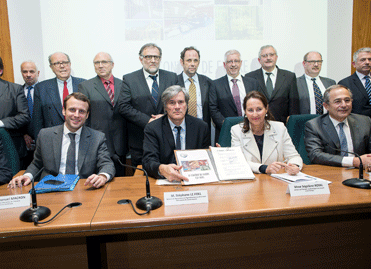 Signature du contrat de la filière « bois »