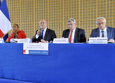 (De gauche à droite) Christiane Taubira, Michel Sapin, Christian Eckert et François Rebsamen à Bercy, le 22 mai 2014
