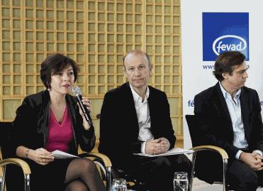 Commerce en ligne : les Français ont dépensé 57 milliards d'euros en 2014