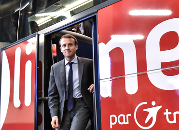 Emmanuel Macron à la gare routière de Bagnolet, le 31 juillet  2015 - Bercy photos
