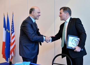 Pierre Moscovici et Charles Rivkin - signature FATCA